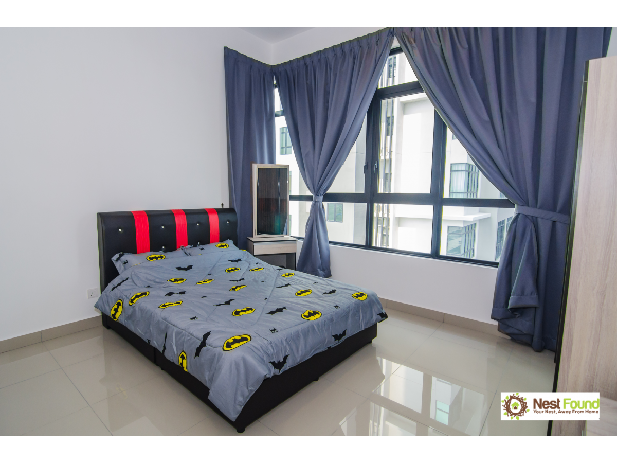 Batman Theme Bed for 6 pax, IOI Resort City Mall for Rent